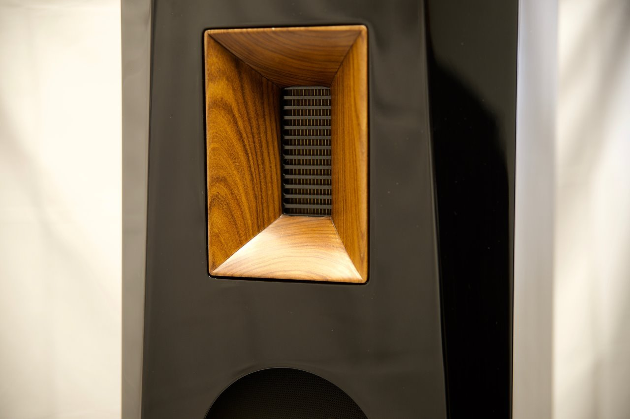 robin-speaker-details-5-soundspace-systems